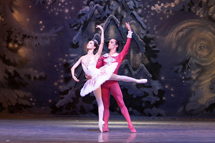 production photo the nutcracker Russian State Ballet of Siberia Russian State Ballet Orchestra of Siberia ballet Sergei Bobrov Anatoly Tchepurnoi